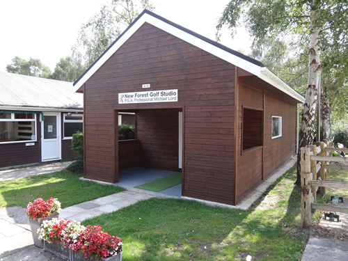 New Forest Golf Studio front view - golf studio